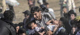 Syrians fleeing ISIS to Turkey
